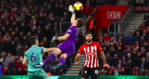 Arsenal goalkeeper Bernd Leno failed to claim the cross for Austin's winner