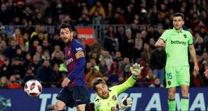 Messi scores against Levante