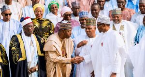 R-L, Buhari, Shettima and other members from Borno