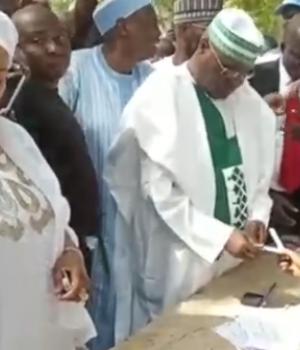 Atiku and wife cast their votes in Adamawa