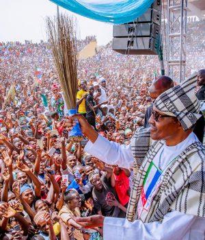 Buhari campaigns in Taraba