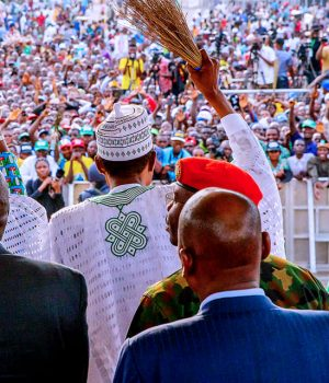 Buhari during his campaign in Ondo