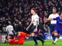 Pedro's flattened Tottenham's keeper