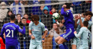 Chelsea controversial goal against Cardiff
