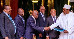 Buhari with Group management team of Ecobank Transnational Incorporated