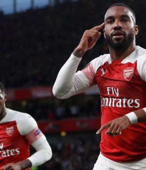 Lacazette's double gives Arsenal edge over Valencia