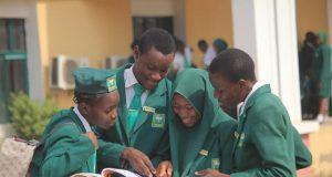Federal Unity School students