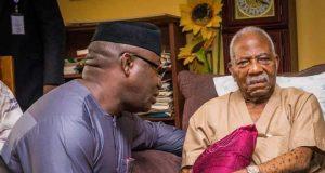 Dr. Kayode Fayemi condoling Pa Reuben Fasoranti