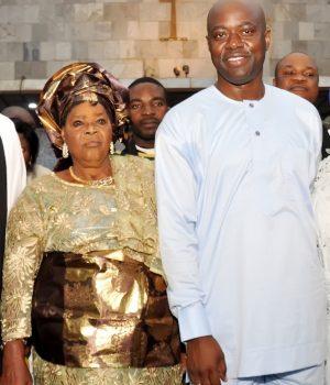 Ven. Samuel Osungbeju; Mother of Oyo State Governor, Mrs Abigael Makinde; Gov. Makinde and wife, Tamunominini Makinde