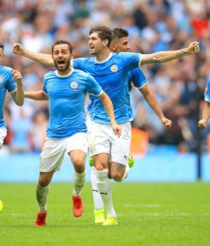 Manchester City beat Liverpool to take Community Shield