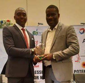 Head, Social Performance and Investment, Shell Nigeria Exploration and Production with Company, Hope Nuka, Chairman, Association of Energy Correspondents of Nigeria, Olatunde Dodondawa