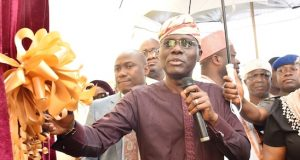 Gov. Babajide Sanwo-Olu at the commissioning