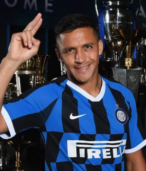 Alexis Sanchez in Inter Milan kit