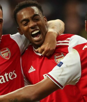 Arsenal beat Eintchant Frankfurt 3-0