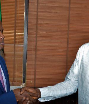 NAPE leader, Oyebanji with NNPC GMD, Mele Kyari