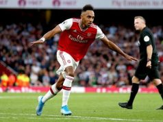 Pierre-Emerick Aubameyang's thrilling free kick shuts out Aston Villa