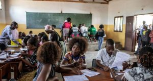 Mozambicans go to polls