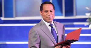 Dr. Chris Oyakhilome