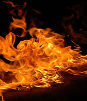 19-year-old Yahoo boy sets girlfriend ablaze over lover