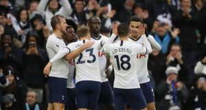 Tottenham celebrate victory over Brighton