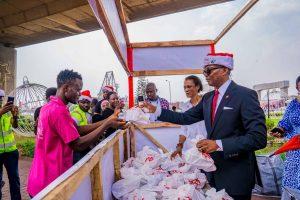 UBA's GMD Kennedy Uzoka presents food items