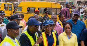 Gov. Sanwo-Olu addressing people during the inspection of Oshodi-Abule Egba BRT corridor