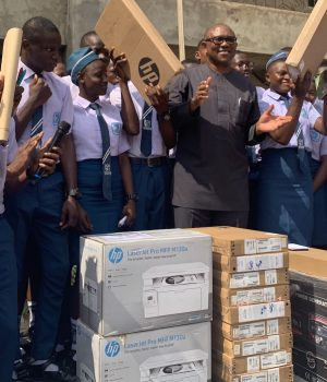 Obi donates computers to St. Patrick's International Secondary School, Awka, Anambra State