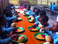 School children on FG's school children feeding
