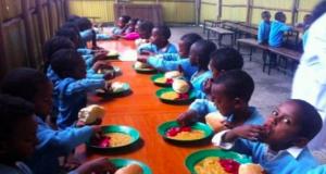School children on FG's school children feeding