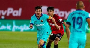 Lionel Messi dribbles his ways into Mallorca's defence