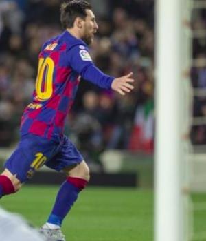 Barcelona beat Real Sociedad in their final La Liga match before lockdown