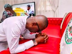 Gov. Babajide Sanwo-Olu offering prayers