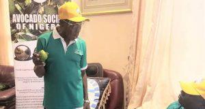 Olusegun Obasanjo with Avocado Society of Nigeria members