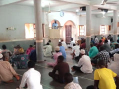 Worshippers at Al-Hidayyah Central Mosque, Olambe