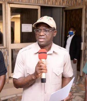 *L-R: Chief Press Secretary to Edo State Deputy Governor, Ebomhiana Musa; Deputy Governor, Rt. Hon. Comrade Philip Shaibu, and Deputy Chief of Staff, Barr. Kingsley Ehigiamusoe, during a press briefing In Benin City