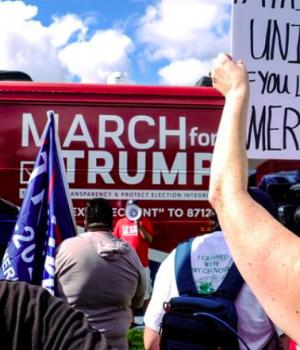 Trump supporters lay siege in Washington