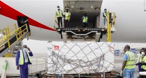 Nigeria receives first batch of Covid vaccines at Abuja airport