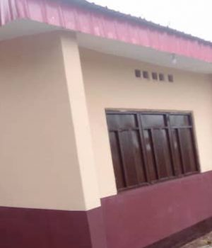 The admin block to the school (Igbanke Grammar School, Igbanke, Orhionmwon LGA, Edo State), by the old students association.