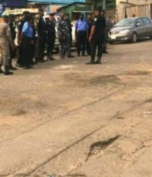 Police team blocking venue of self-determination rally in Ibadan